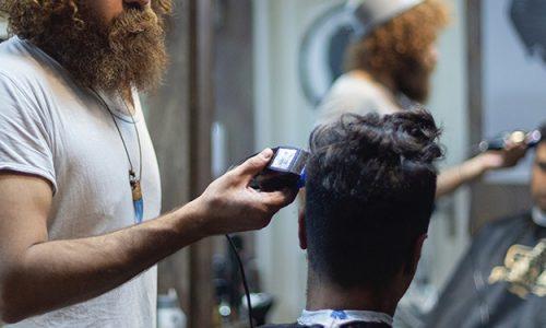 Profesjonalna maszynka do włosów to gwarancja niezawodności przez lata.